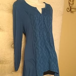 3/$15 Rxb Quarter sleeve assymetrical tunic